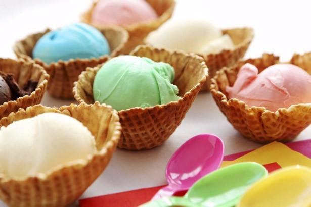 ice cream buffet party for teen birthdays