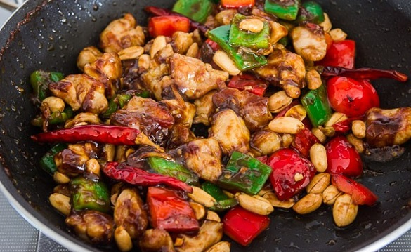 Kung PAO Chicken with Peppers and Peanuts